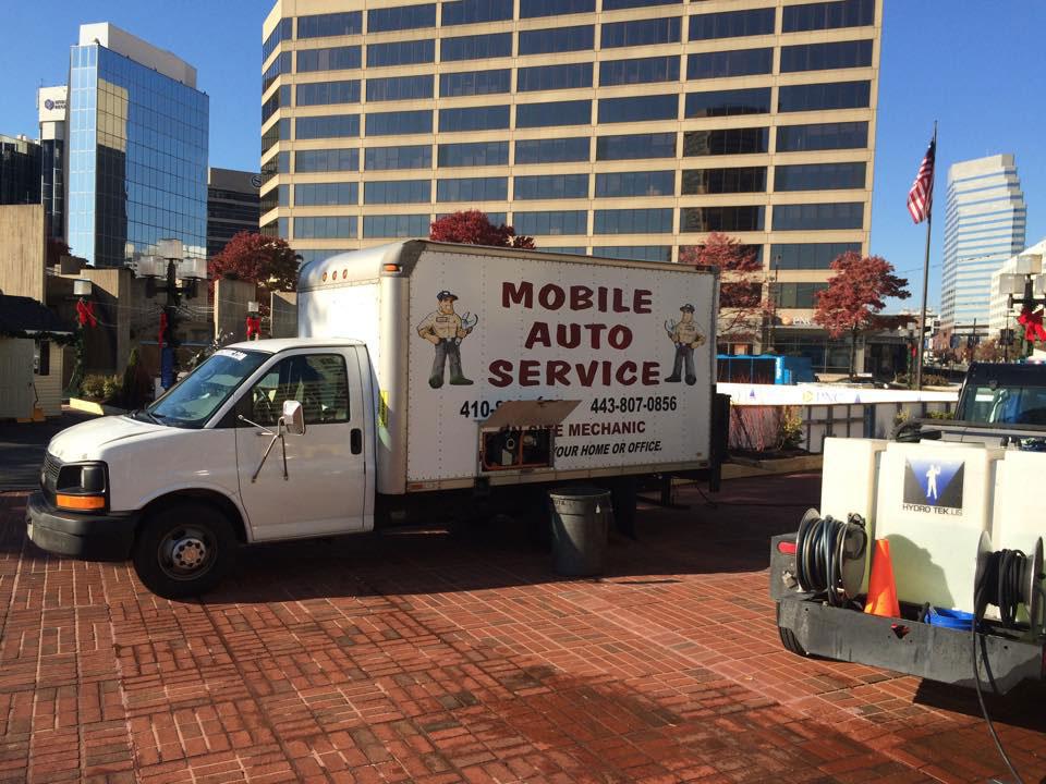 Mobile auto service Zamboni