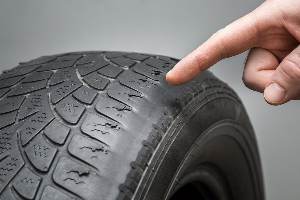 3 Signs You Need New Tires