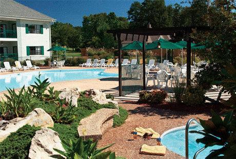 Bluegreen Vacations The Falls Village Branson, MO pool