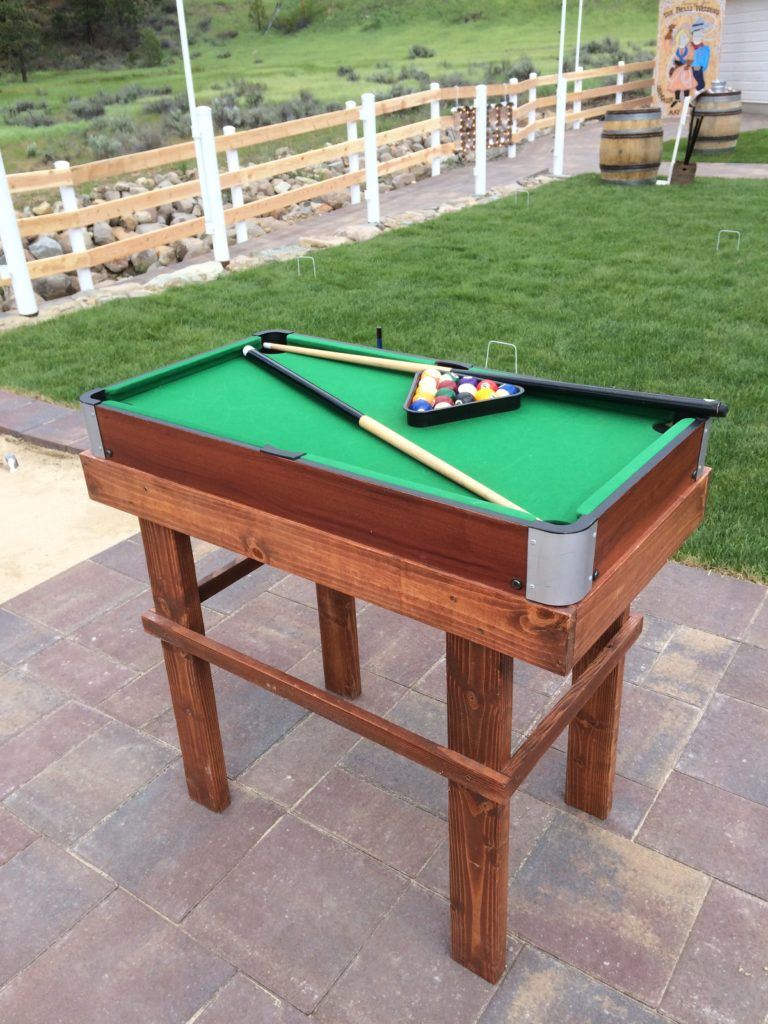 Mini pool table $20
