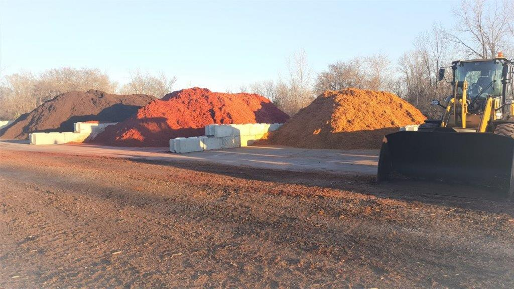 Environmentally Friendly Color Enhanced Mulch