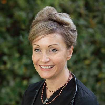 Andrea Berry, MAC