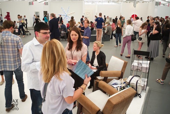 The art crowd at Frieze 2014 photo by Max Noy Photo