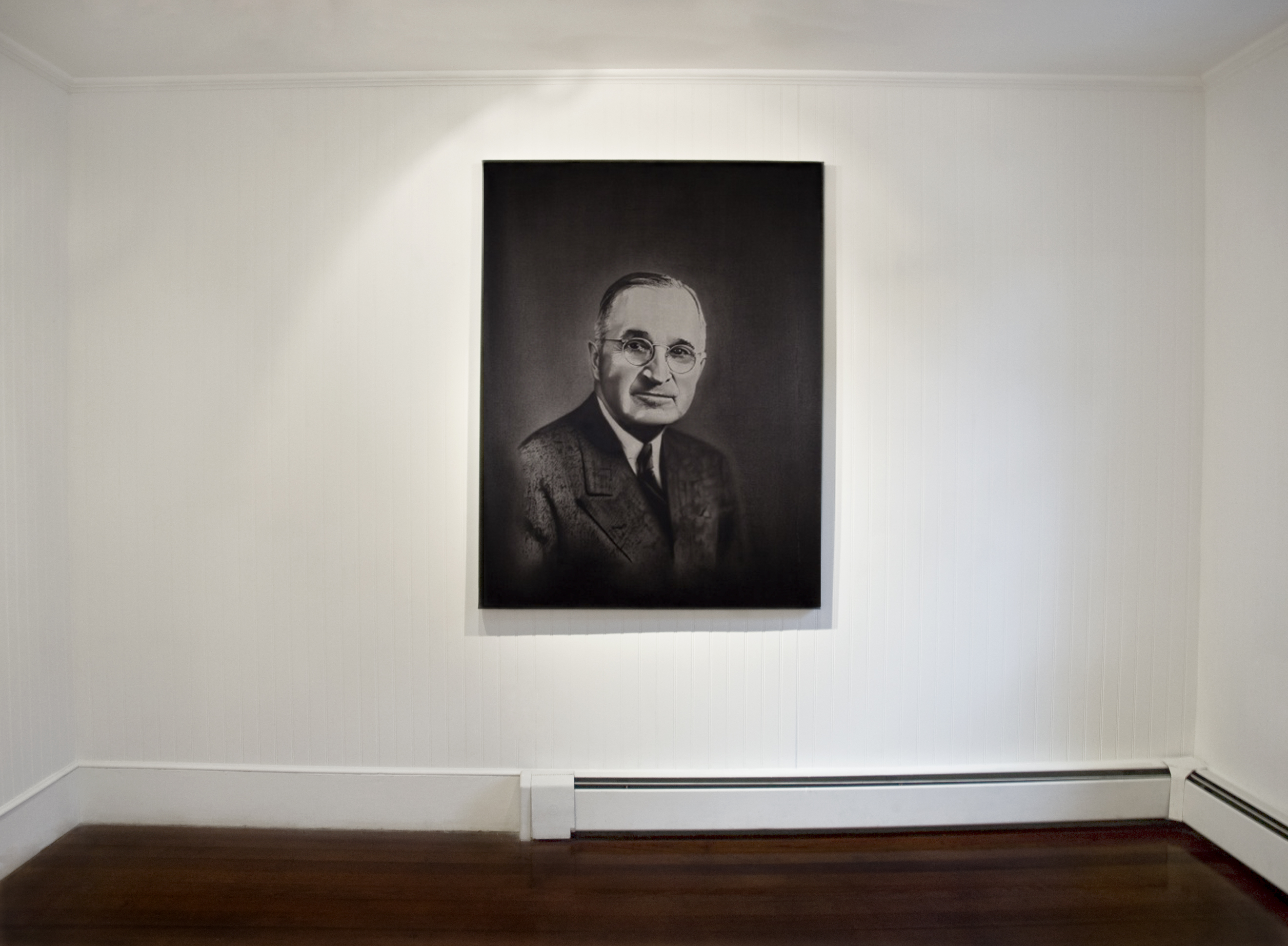 Sam Trioli, S. (Installation View), courtesy of the artist and Farm Project Space + Gallery