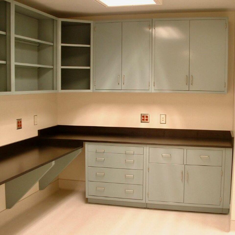 Lab Casework (13)