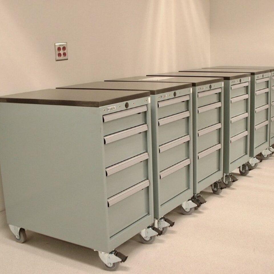 Lab Casework (16)