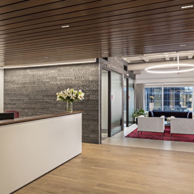 Demountable Glass Partition Walls for and Insurance Company (1)