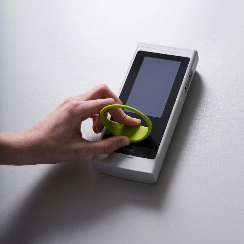 NFC programmer and keyfot copy