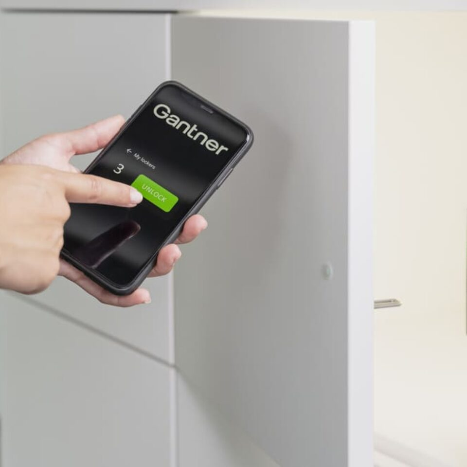 open lock with mobile app (3)