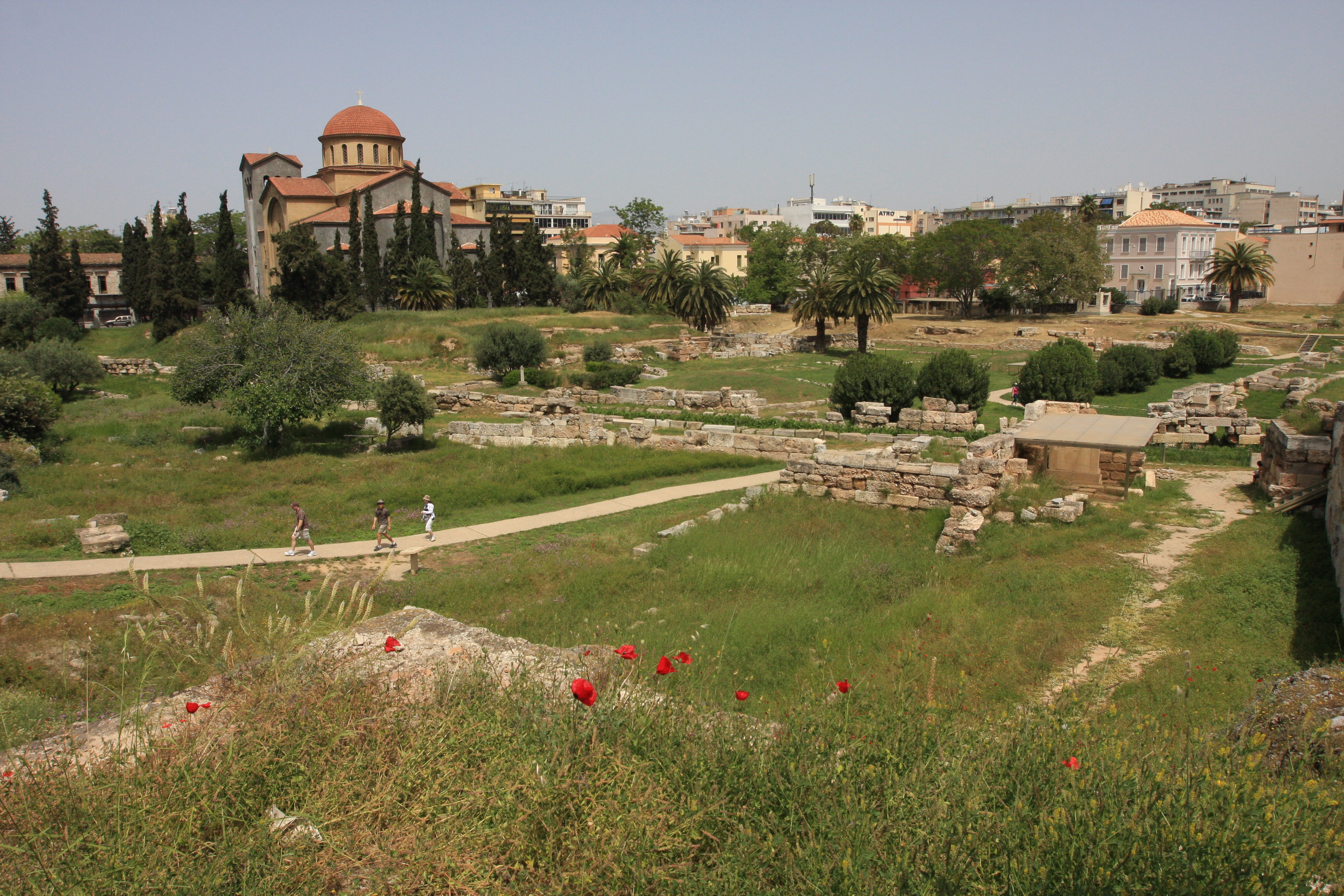 A surprising stroll in Athens