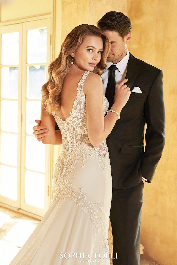 summer-sophia-tilli-wedding-dress