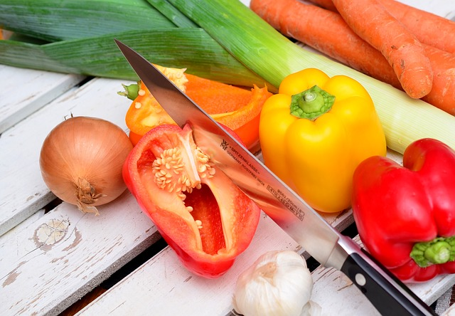 10 Tips for Eating Healthy and Economically