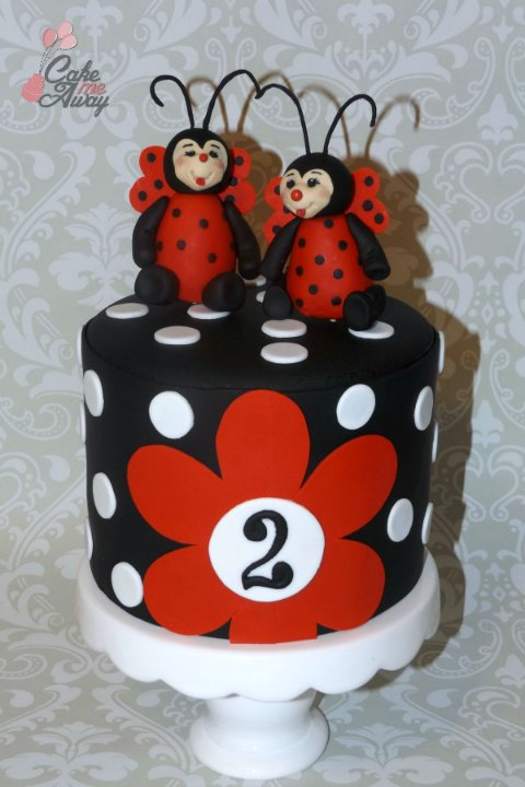 Ladybug Polka Dot Black White Red Cake
