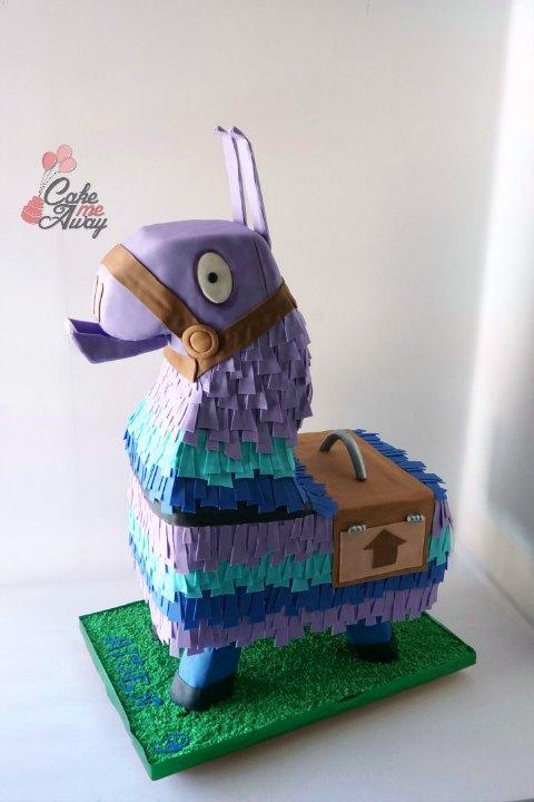 Loot Llama Pinata Birthday Cake