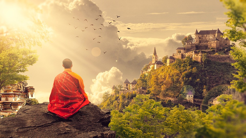 Learn the difference between mindfulness and meditation