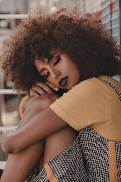 Signs a Leo Woman is Ready to Commit