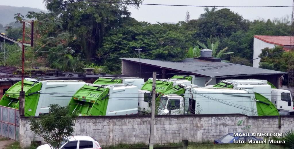 Caminhões foram levados a um depósito localizado próximo ao restaurante Maminha de Ouro, na Mumbuca. (Foto: Maxuel Moura   Maricá Info)