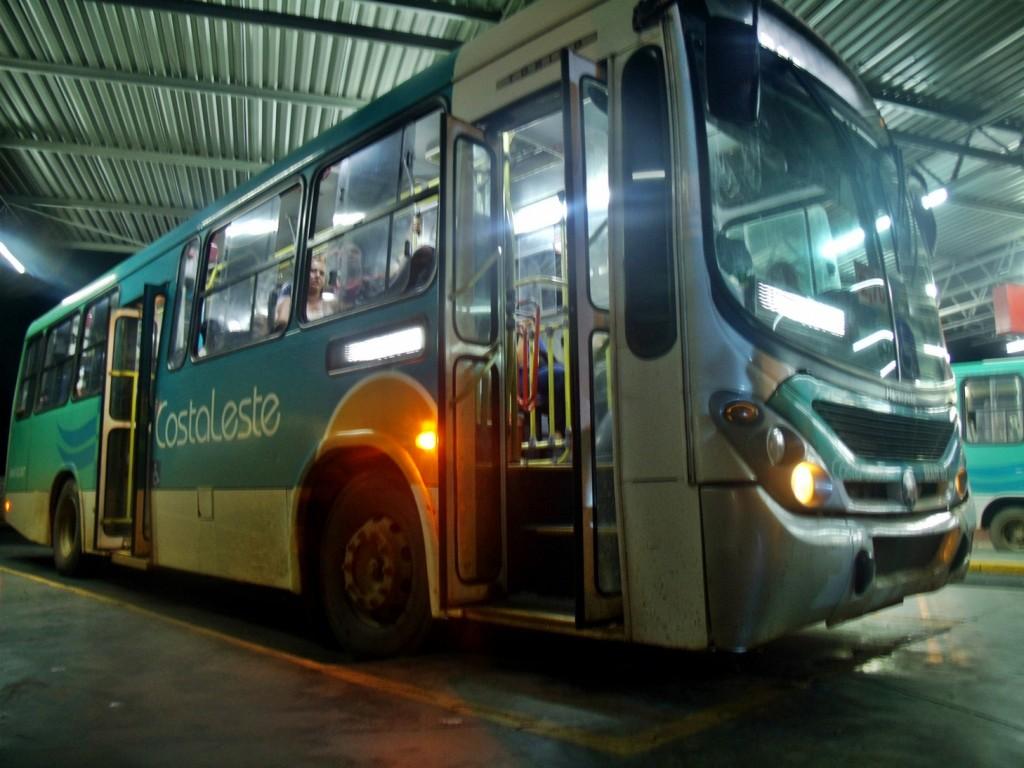 Passageiros reclamam de péssimo serviço prestado pela Costa Leste.