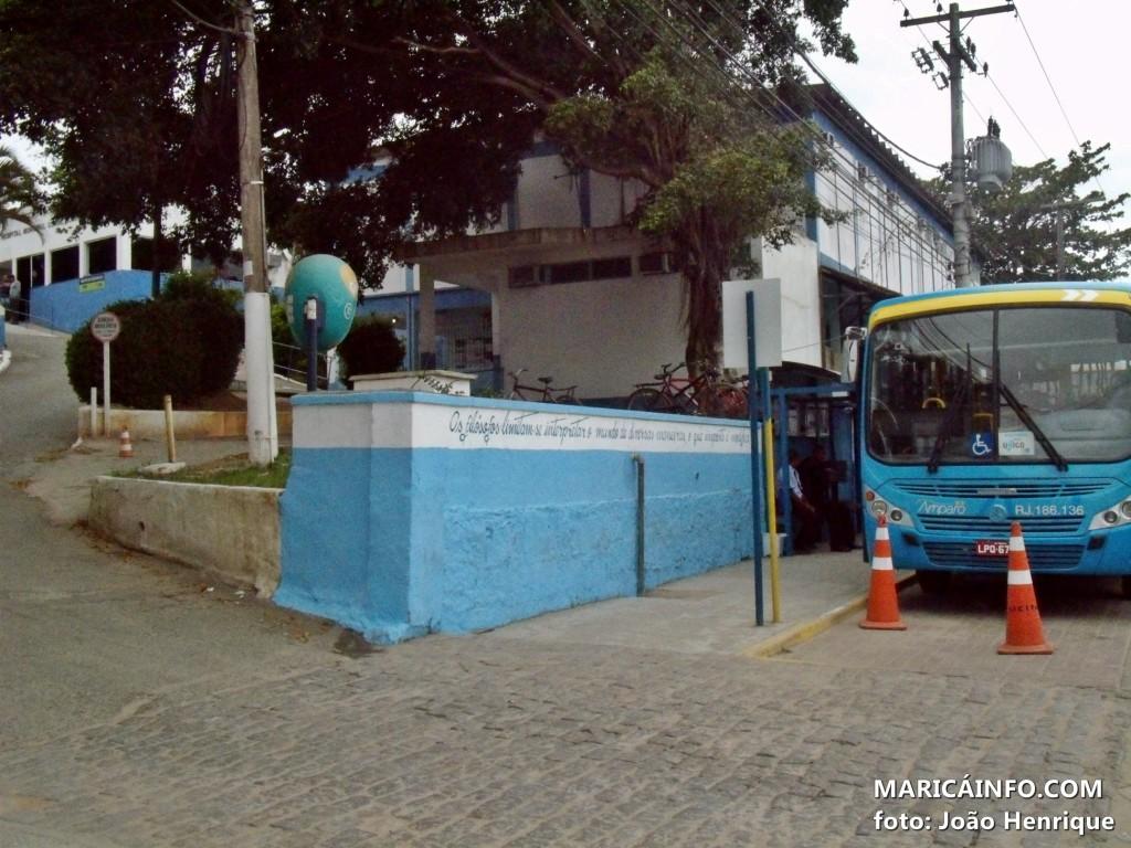 Prefeitura alterou o trânsito no Centro da cidade. (Foto: João Henrique   Maricá Info)