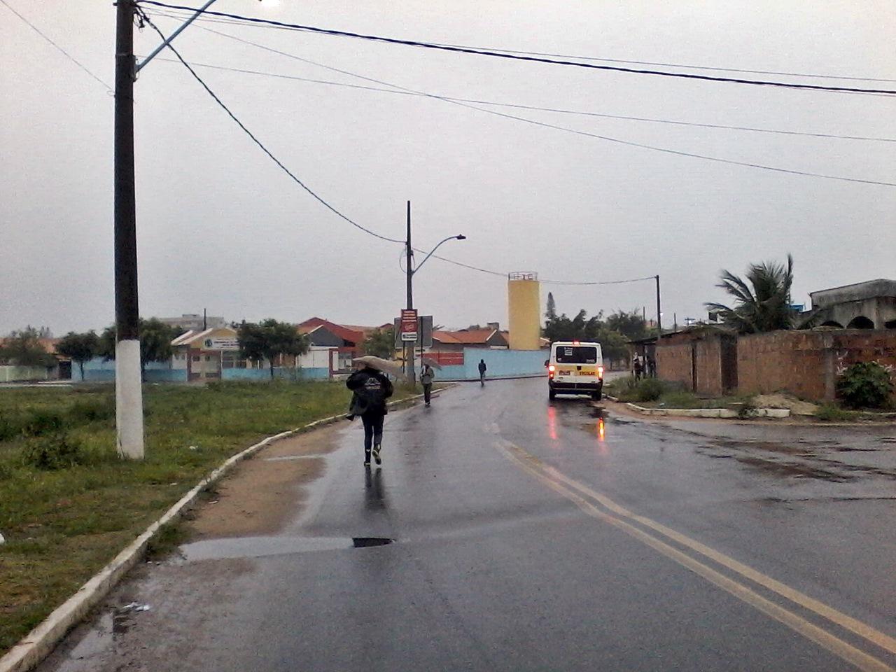 Tempo chuvoso continua até esta quinta-feira (26). (Foto: Michelle Lima   Maricá Info)
