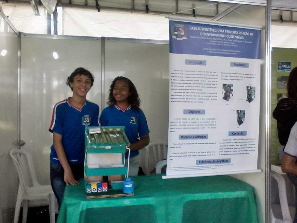 Os estudantes apresentaram um conceito de casa sustentável.