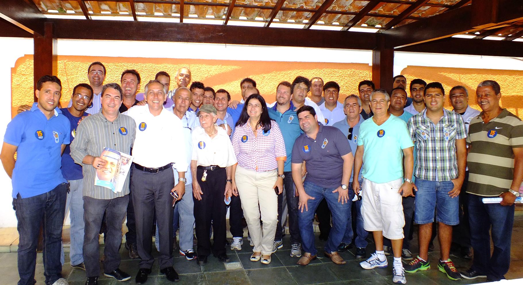 Lideranças políticas de Maricá se unem para apoiar Pezão. (foto: João Henrique   MaricáInfo.com)