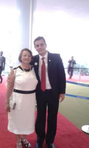 Fabiano Horta e sua mãe em Brasília após a sua posse como Deputado Federal.