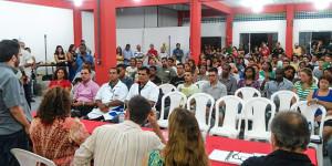 Inauguração do pólo de ensino contou com a participação em massa da população, que aprovou a iniciativa da prefeitura. (foto: Bruno Rodrigues)