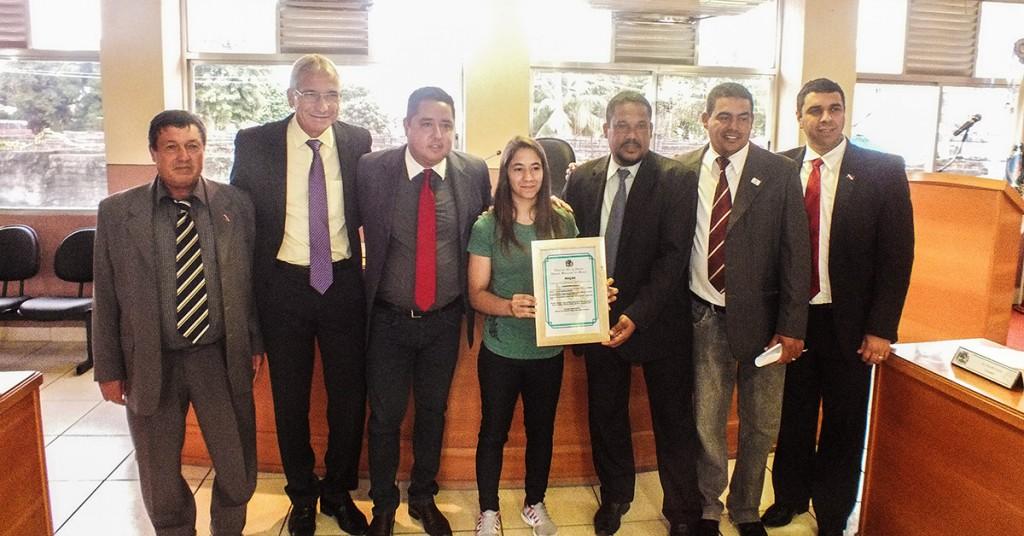 Vereadores presentes na homenagem à atleta de Maricá, Mayssa Bastos. (fotos: Mauro Luis / Maricá Info)