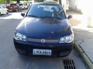Veículo roubado foi recuperado pela Guarda Municipal e Secretaria de Segurança Pública de Maricá. (fotos: Mauro Luis / Maricá Info)