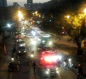 Alameda chegou a ser fechada por policiais do BPRv.