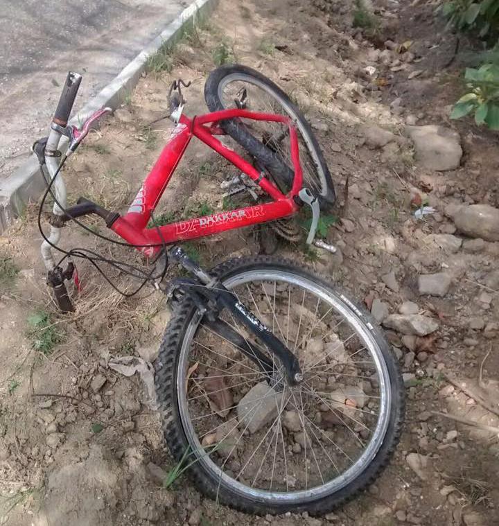 Bicicleta utilizada pela vítima também ficou destruída.
