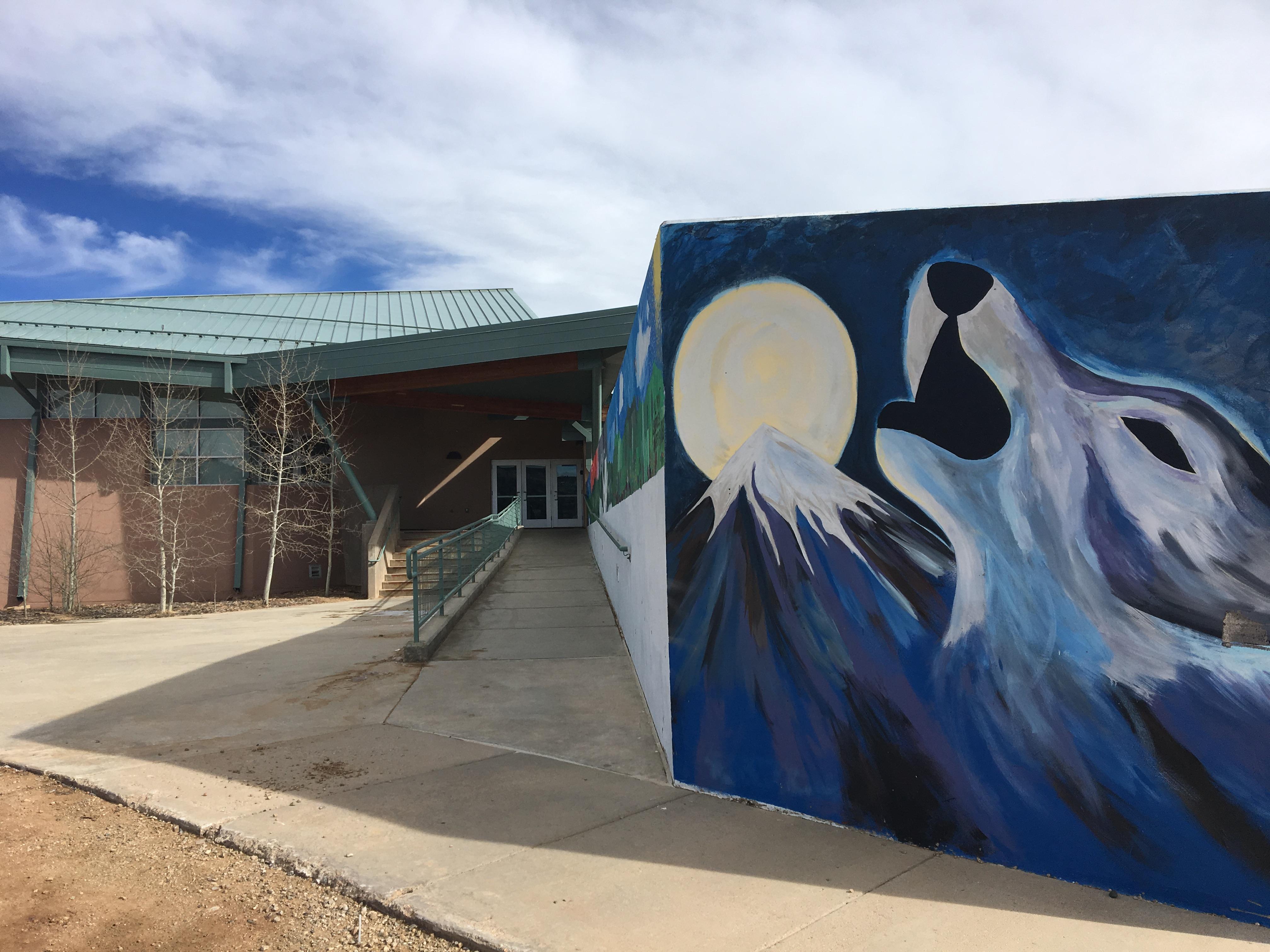 MVHS howl Entry Mural