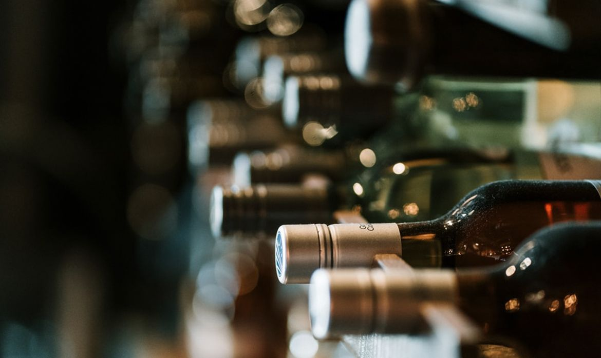 Savour Wine Background