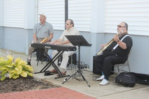 The David Schock Jazz Trio playing a recent garden party