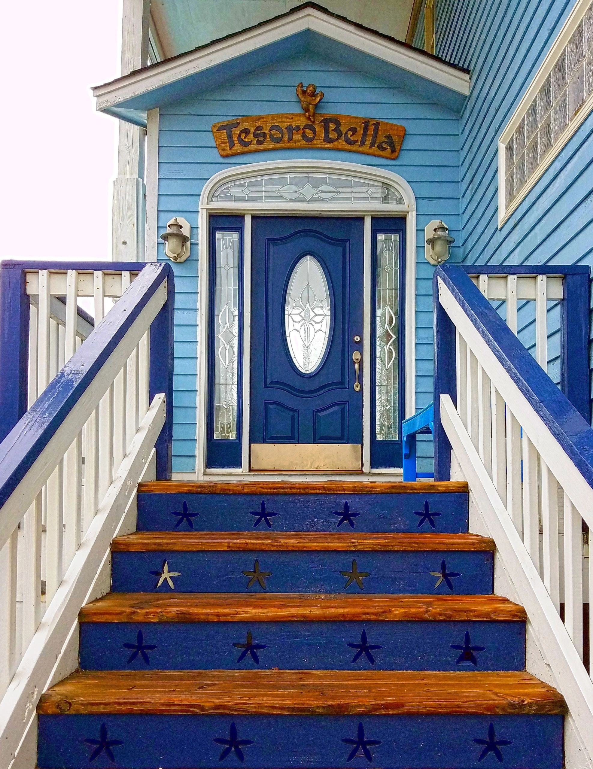 Tesoro Bella front entrance