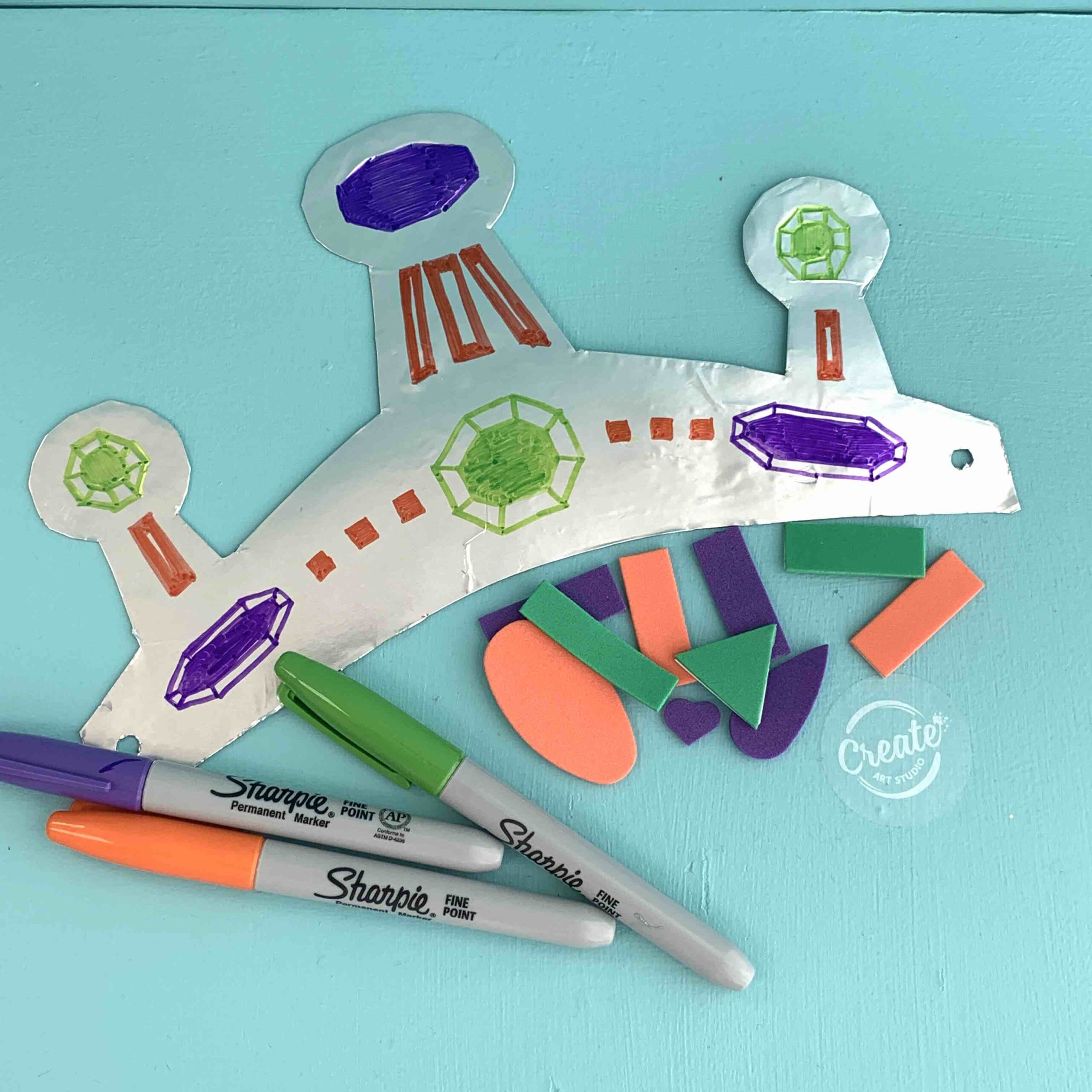 Create Art Studio Crown DIY Craft for Kids