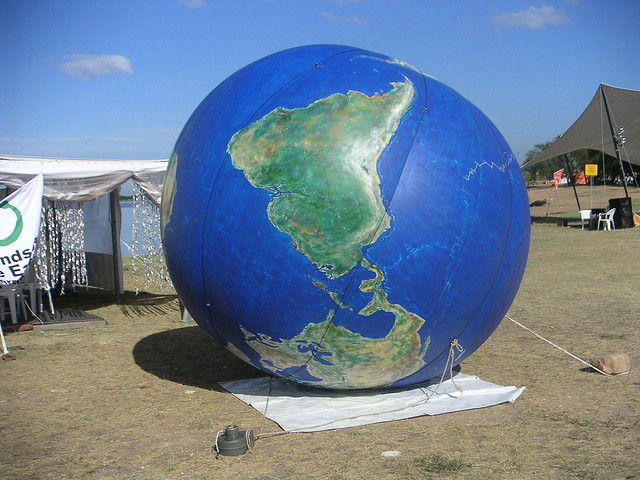 world beachball upsidedown
