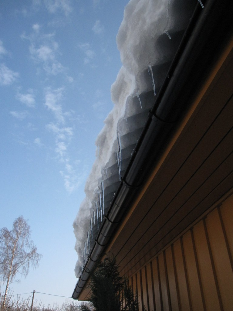 roof leaks when snow melts