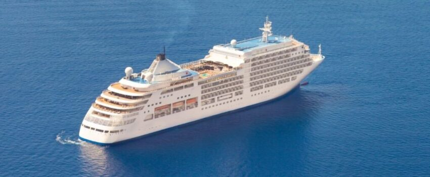 A cruise traveling around the large ocean