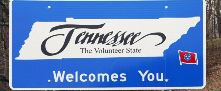 A welcome sign to the state of Tennessee