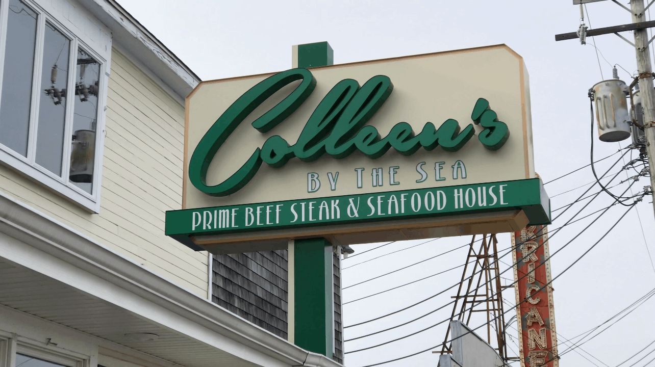 Saying Goodbye to Colleens (Neil's Steak House)