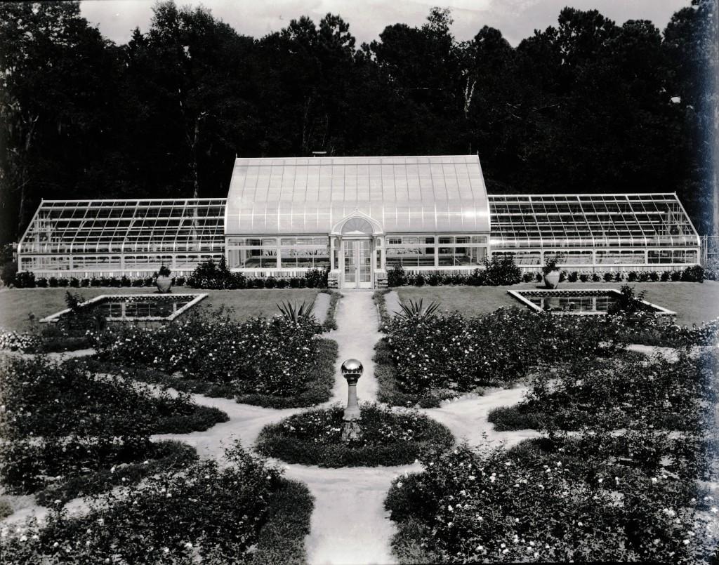 1935 Rose Garden (01)