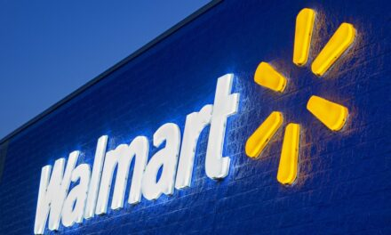 Walmart to close on Thanksgiving day