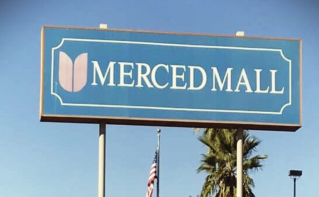 Merced Mall opens, one business closes permanently