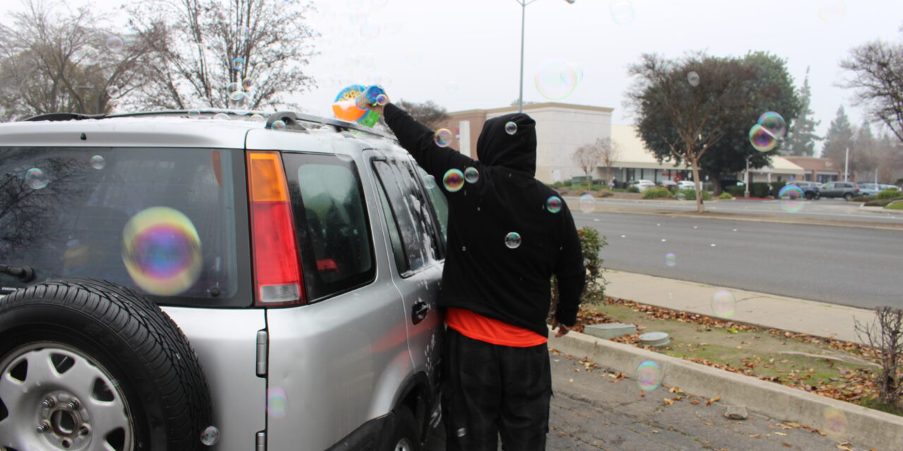 Merced's Bubble Man brings smiles to the streets of Merced