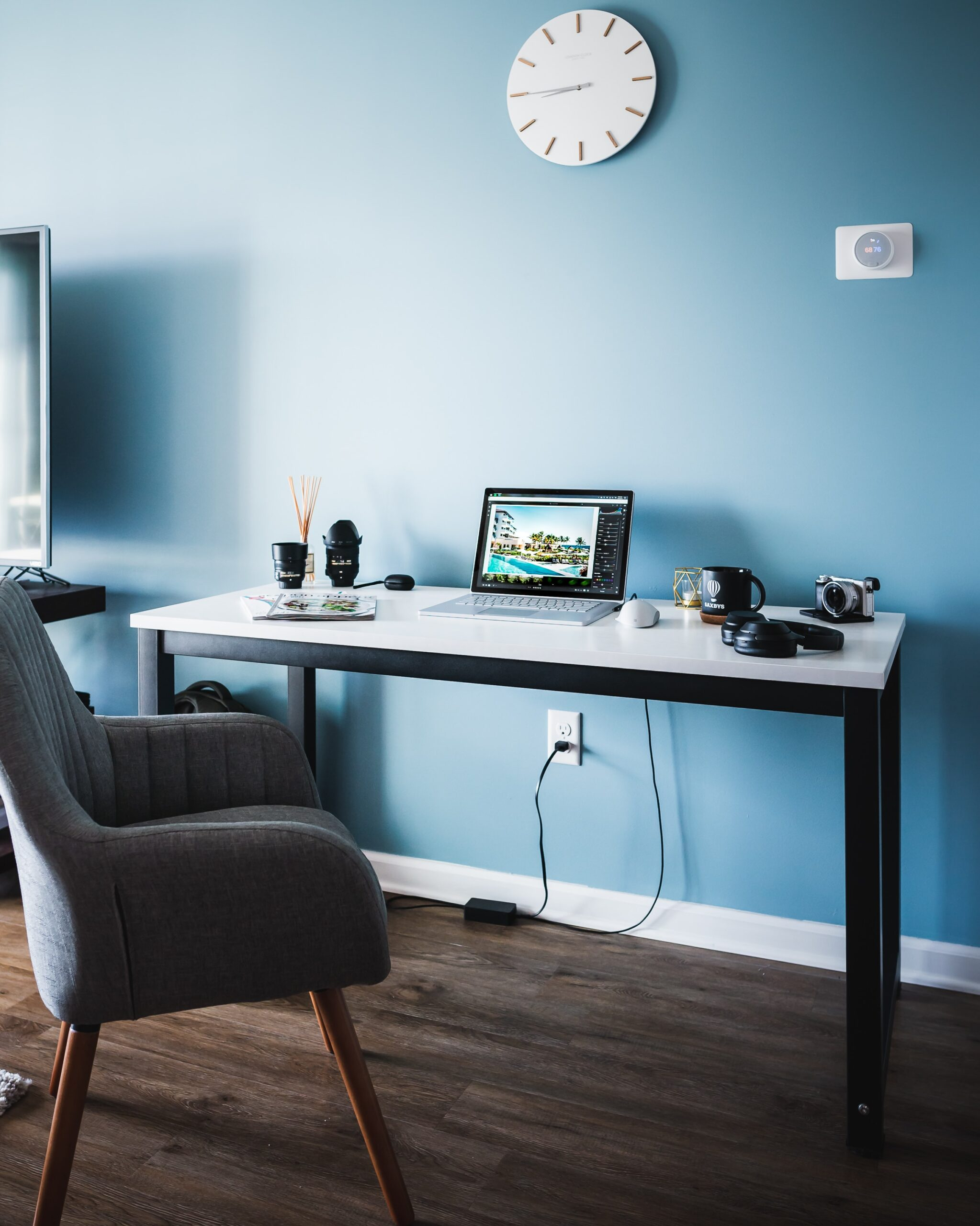 Make Working From Home Easy With These 3 Tips