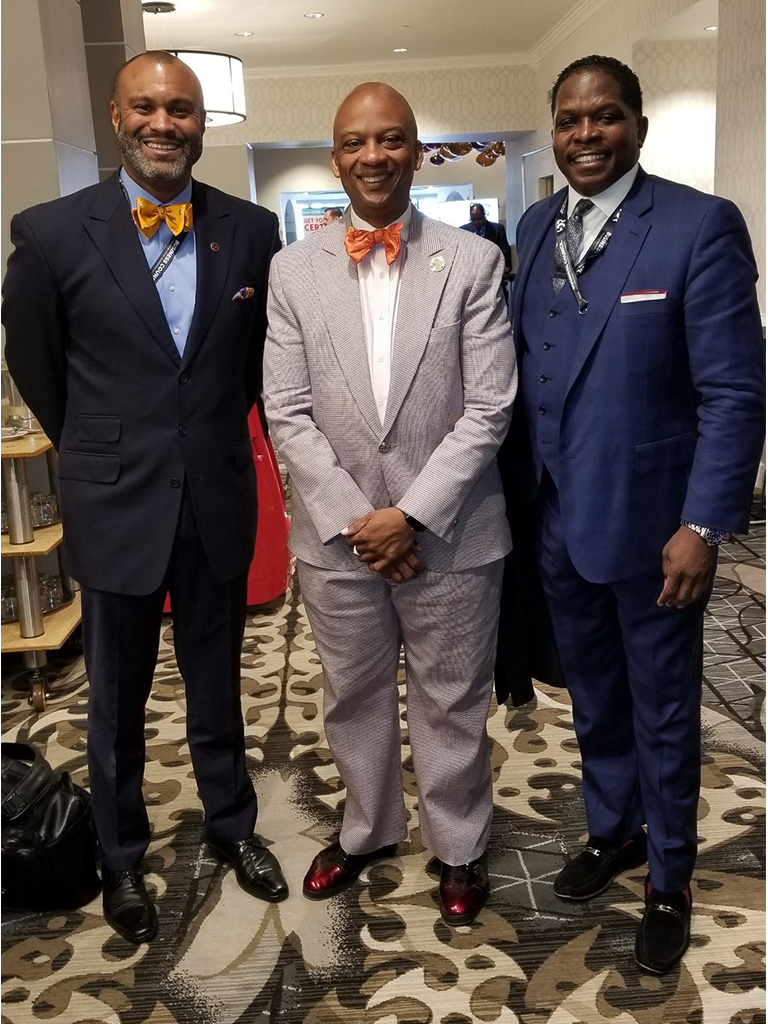 Darnell Sutton, CEO HWDC with Mayor Oliver G Gilbert III, Miami Gardens, Florida (Center) and Jason Turner, VP Business Development HWDC (Left) and discusses Smart Cities