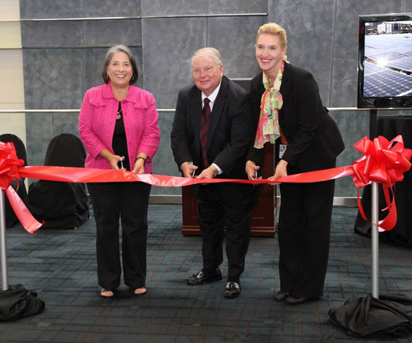 leed-ribbon-cutting-2
