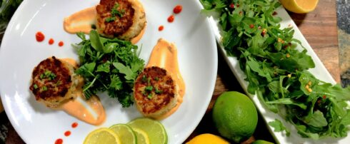 Crab Cakes with Sriracha Mayo